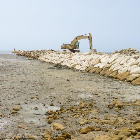 مطالعه ارزيابي اثرات زیستمحیطی احداث 10 بندر كوچك صيادي در سواحل جنوبي كشور