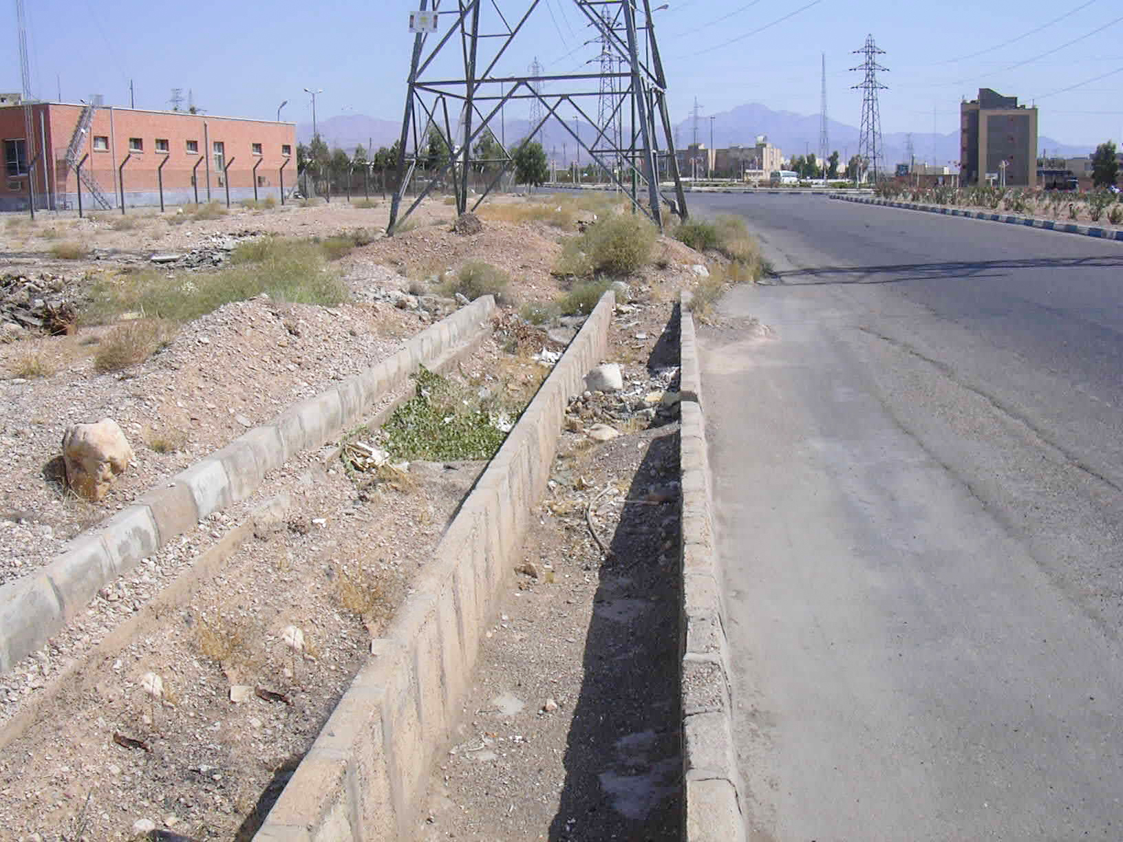 Conducting studies on collecting and controlling of runoff in Semnan county